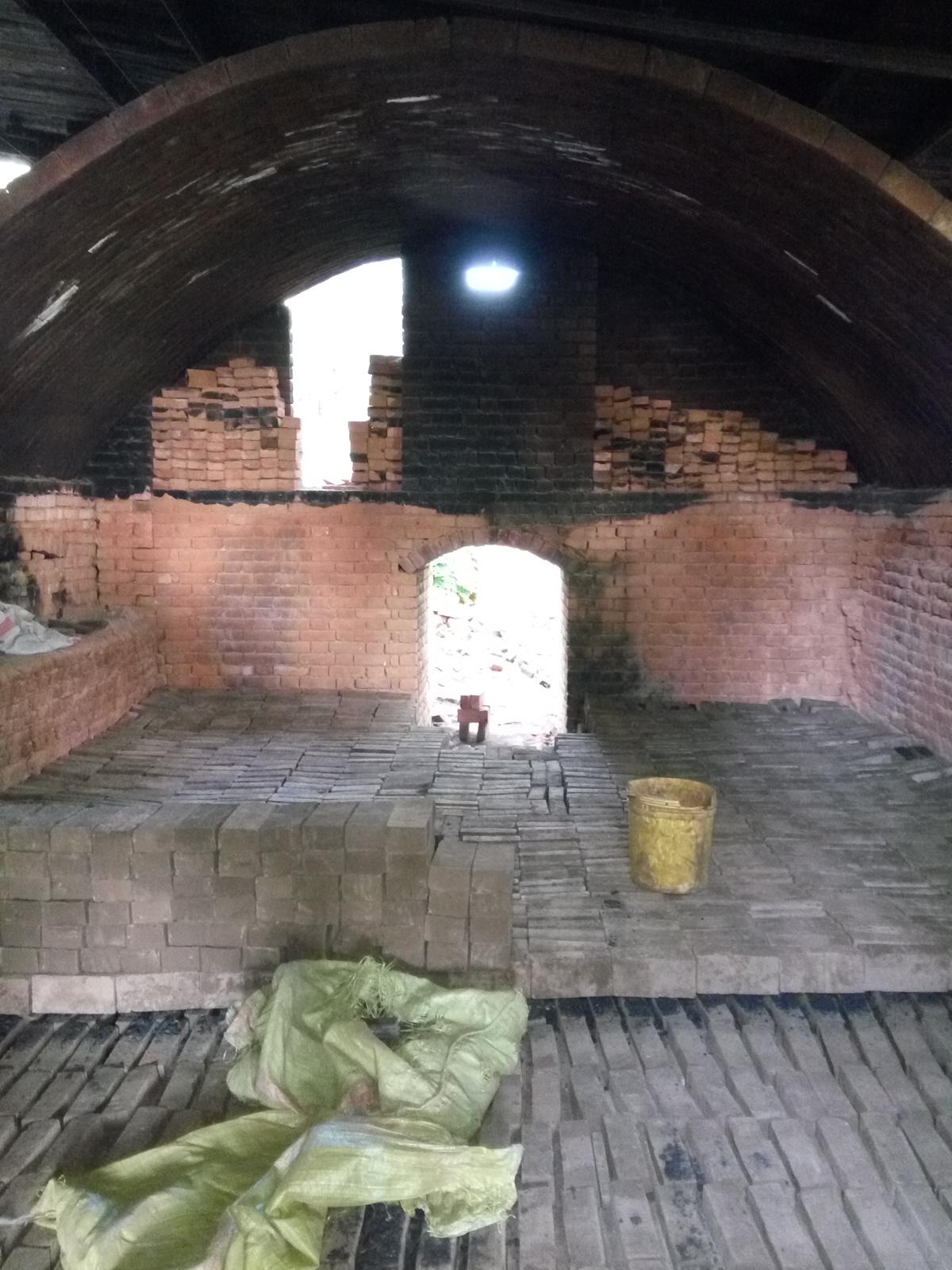 Clamp kiln vault and chimney-img_20160204_084104.jpg