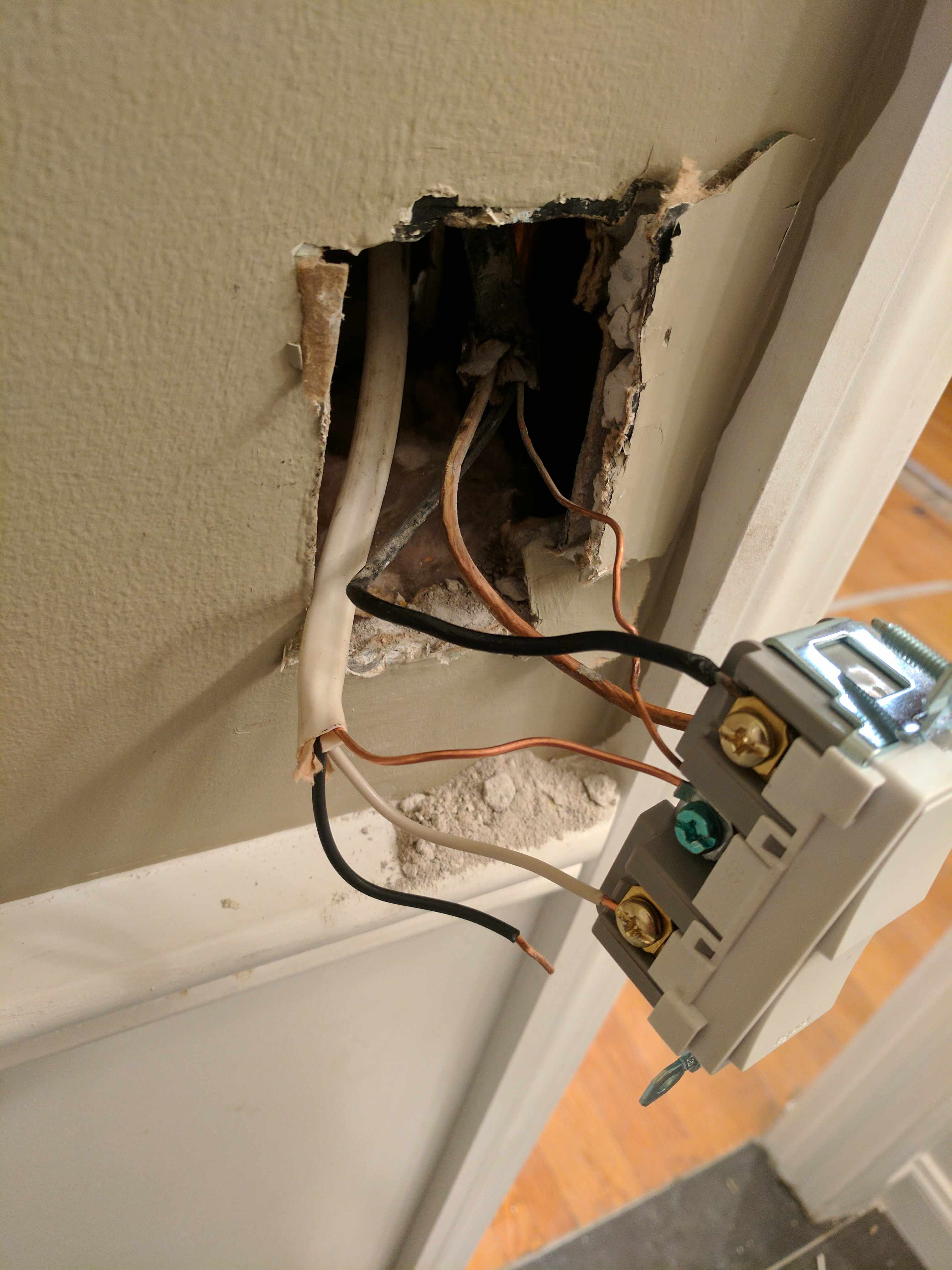 Wire A Double Light Switch on wire switch hallway, wire single switch, wire a double outlet,
