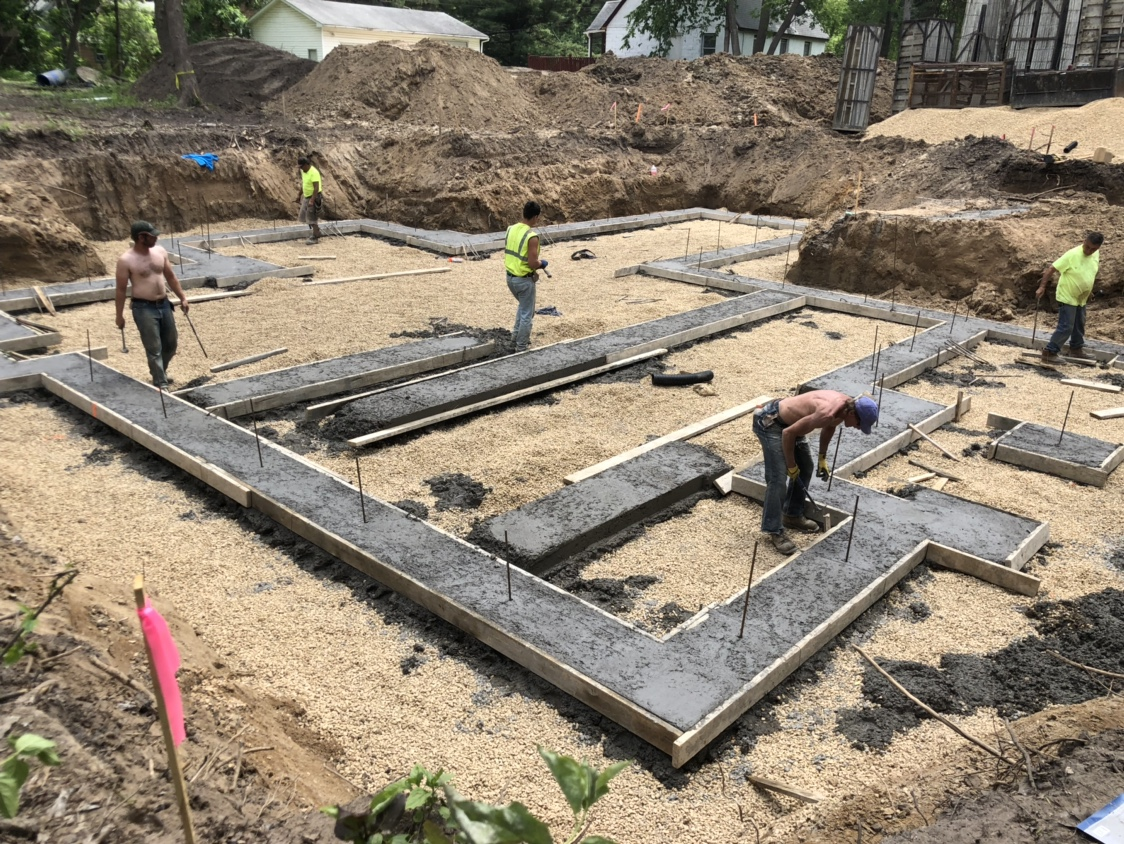 Finishing concrete footings-img_4205.jpg