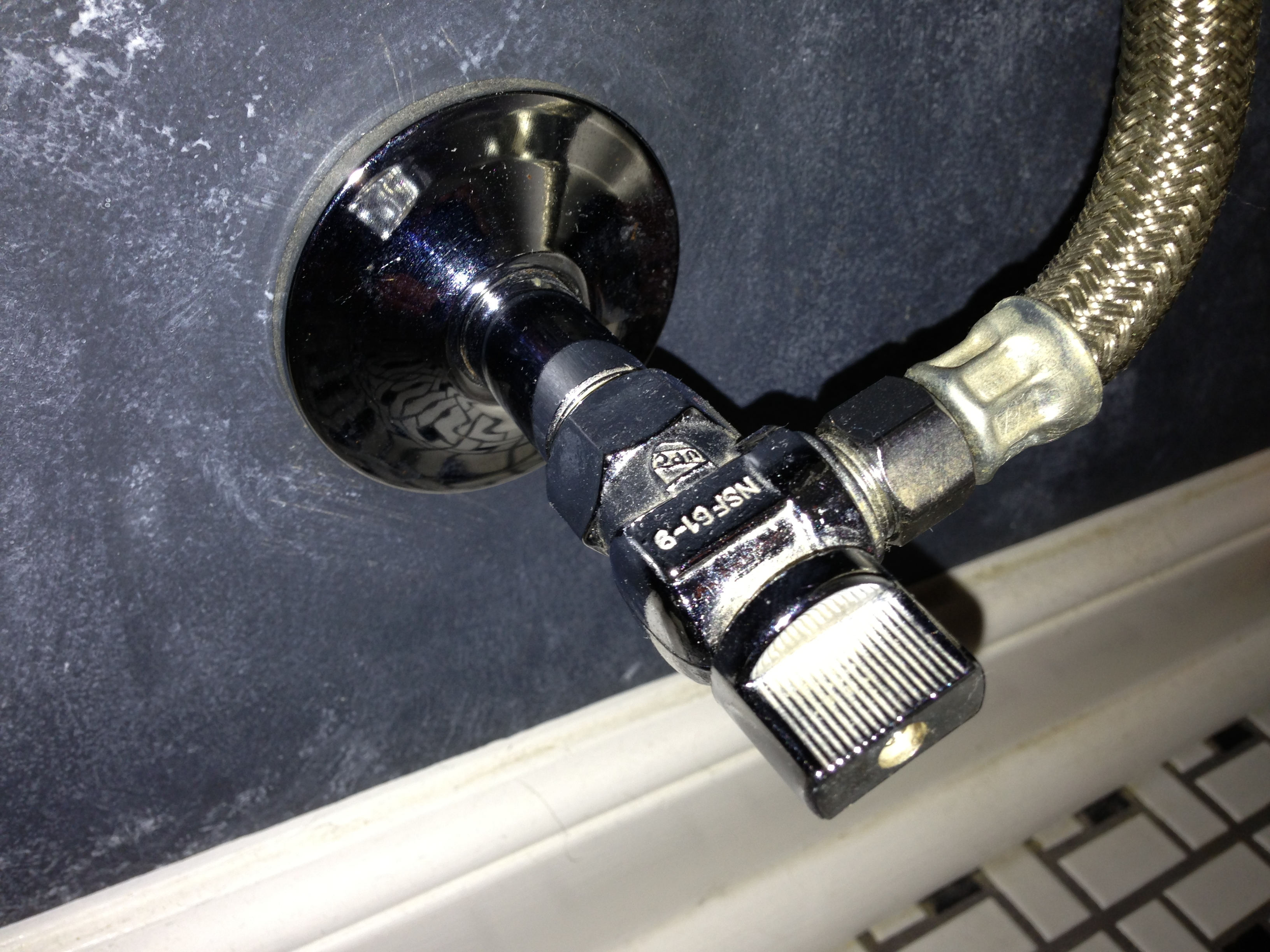 Replacement of toilet shut-off valve-img_4836.jpg