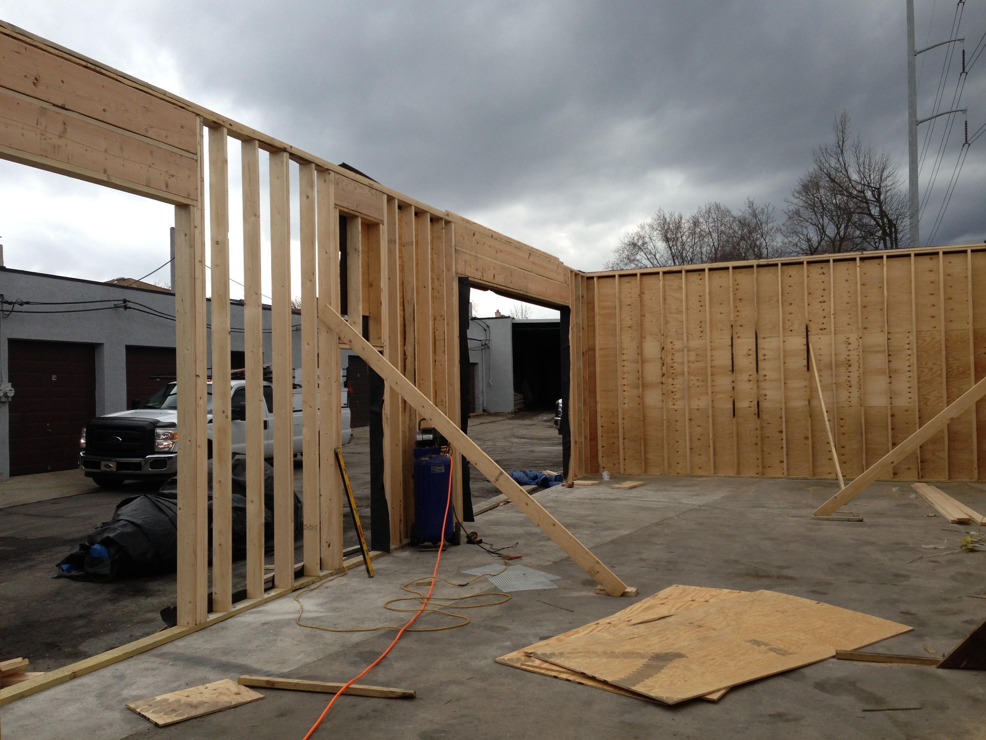 Really old garage-img_5425.jpg