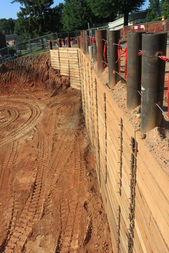 10 Foot Retaining Wall Idea - Sheet Piling Design - Excavation