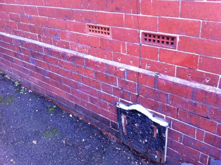 Wet Plaster/Damp Walls in 1890's British Home-img_6806-copy-.jpg