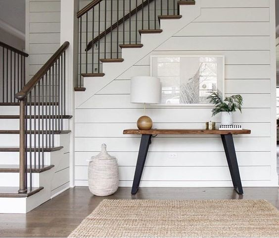 How would I do shiplap walls with the skirt like this?-img_7224.jpg