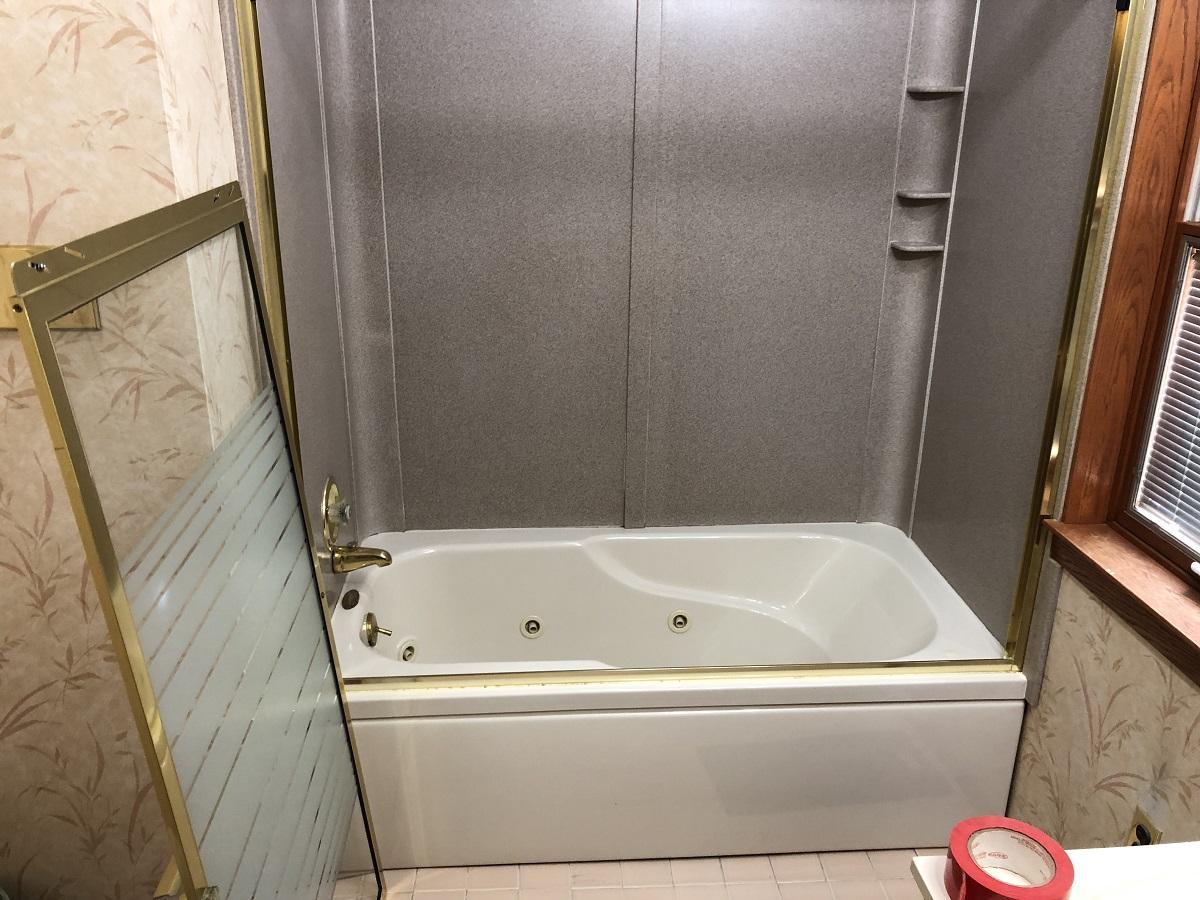 Bath rehab-img_7985.jpg