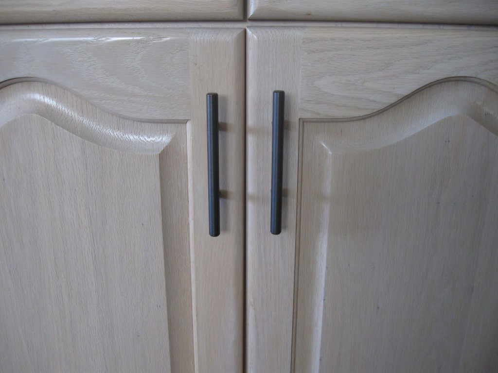 Help Matching Cabinet Finish/Stain?-kit-cab-stain-4-medium-.jpg