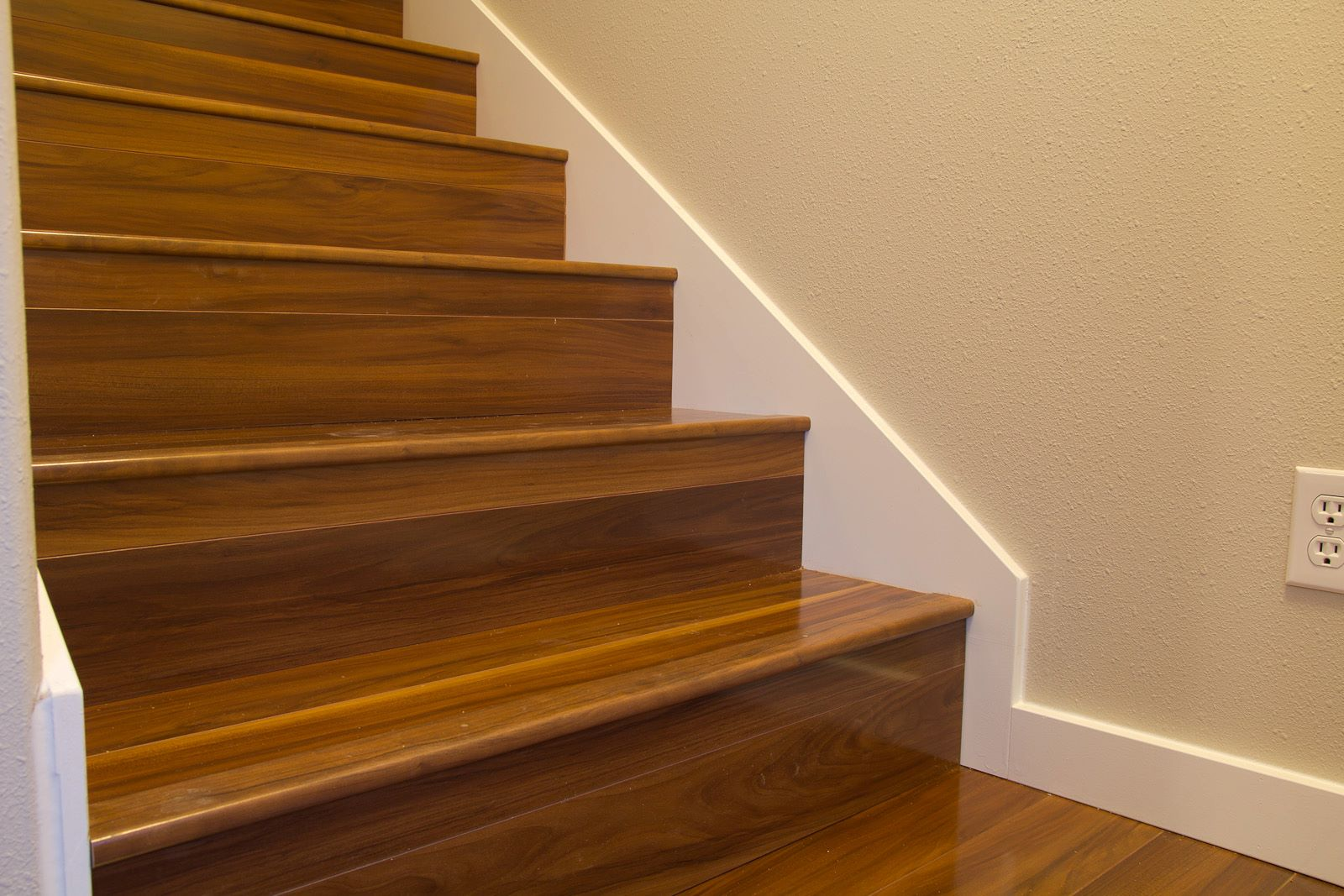 Laminate Flooring In Stair Treads With Out Flush Nosing