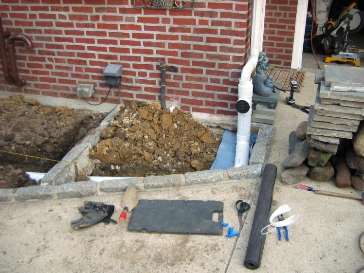 knee pads-latini-drain-013a.jpg