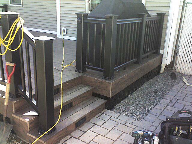 Source For Black Pvc Vinyl Lattice Decks Amp Fencing