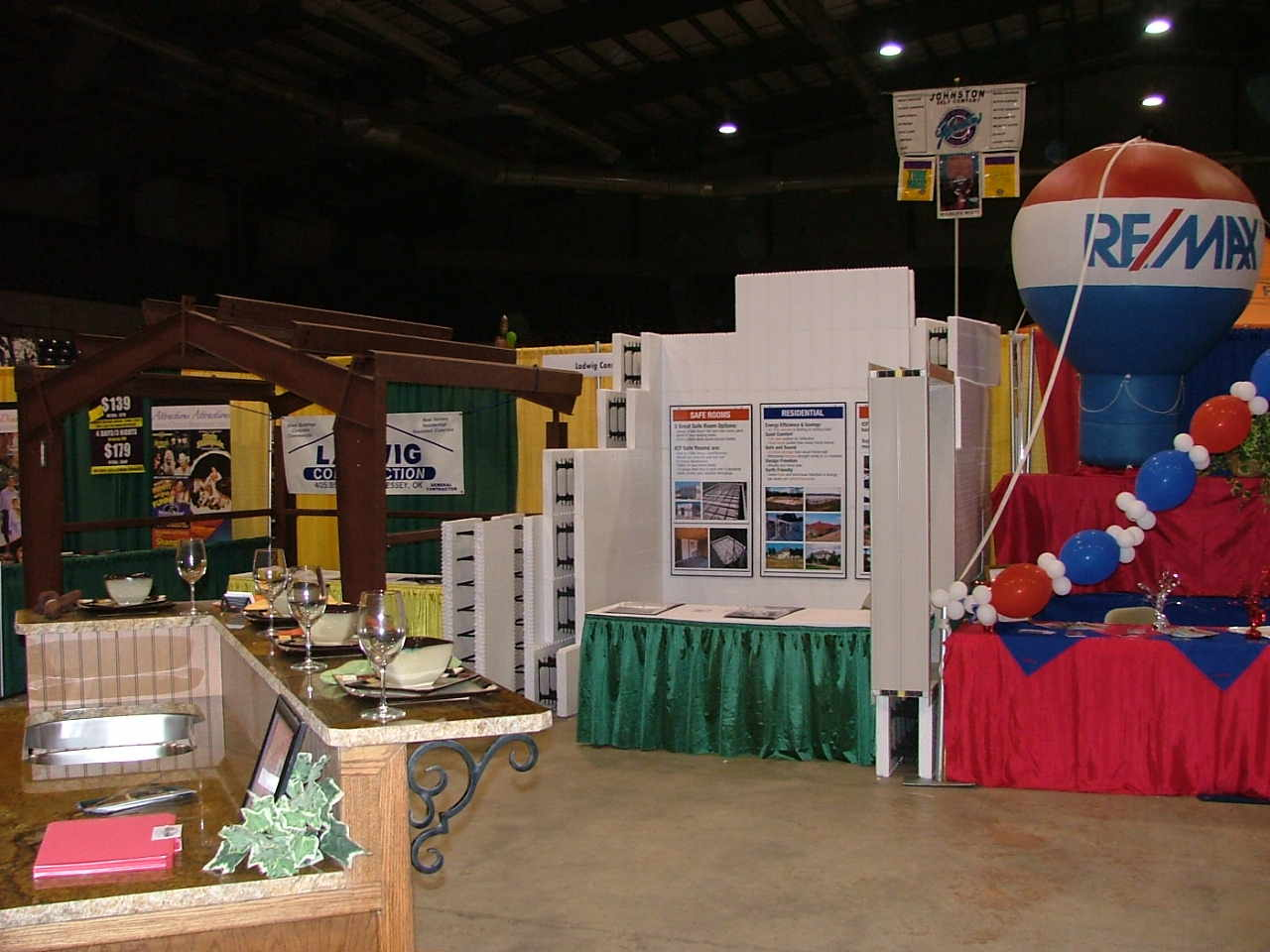 Trade Show Booth - Show Off Yours!-lee5-001001.jpg