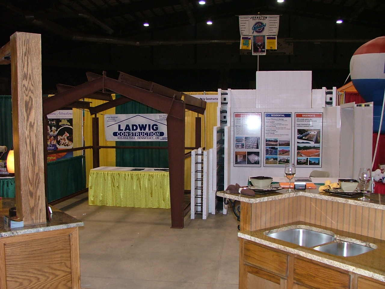 Trade Show Booth - Show Off Yours!-lee5-003001.jpg