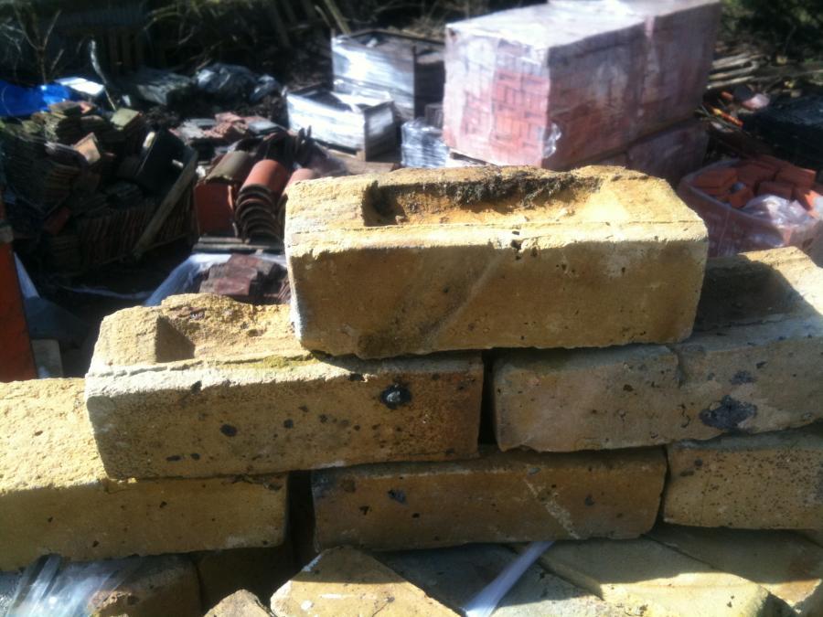 What is your favorite brick & why?-london-yellow-stock-bricks_50691_3.jpg