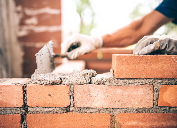 Top 4 Trowels for Masonry Work