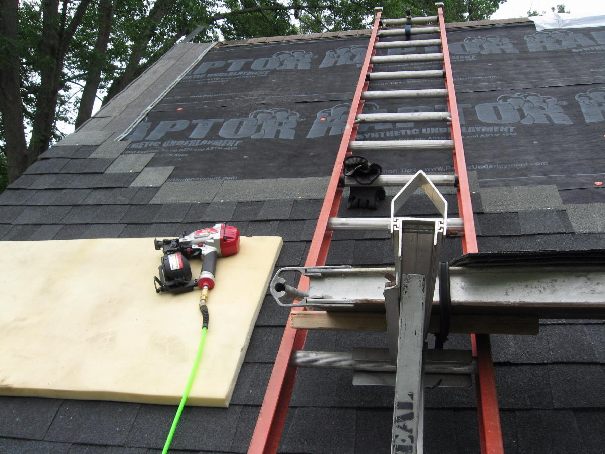 What Is The Best Pneumatic Coil Nailer For Shingles
