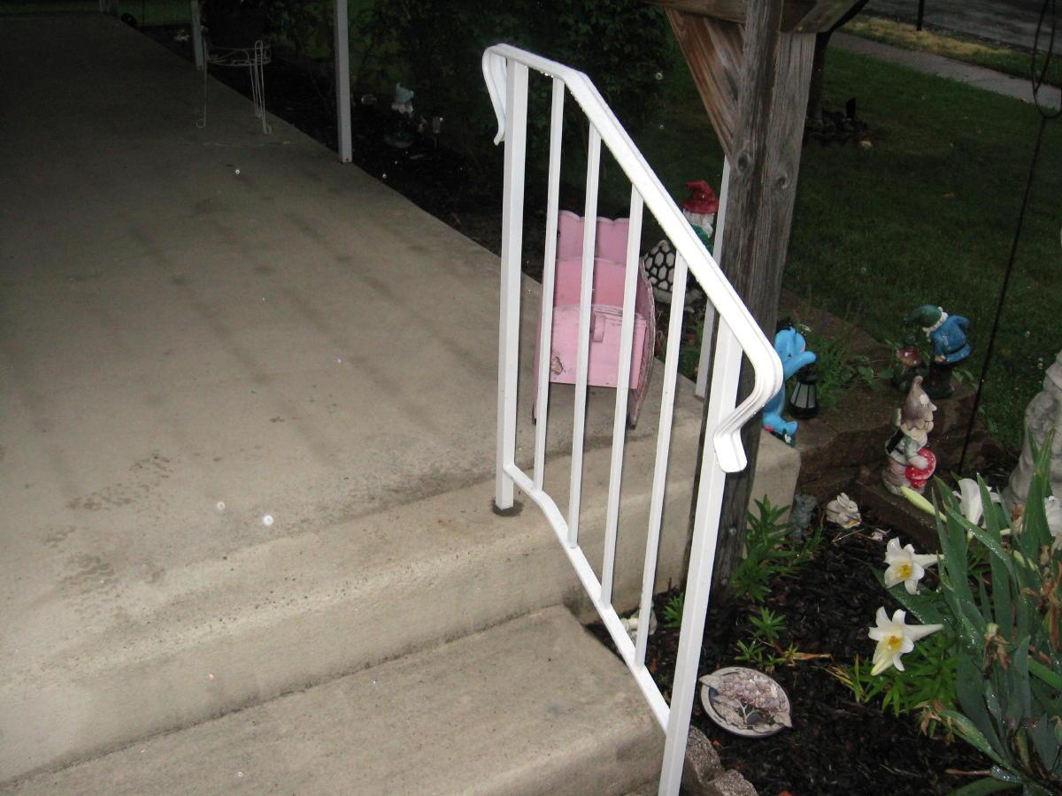 Wrought iron railing-moms-railing-031a.jpg