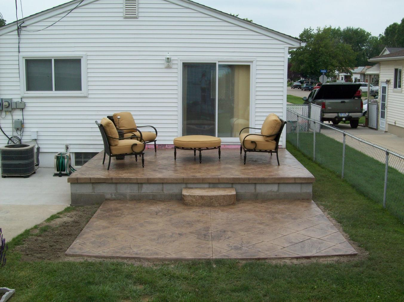 Building Detached Pergola on concrete, need advice!-new-picture.jpg