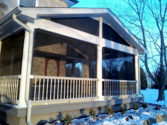 Front Screen Porch With Vinyl Railing Decks Amp Fencing