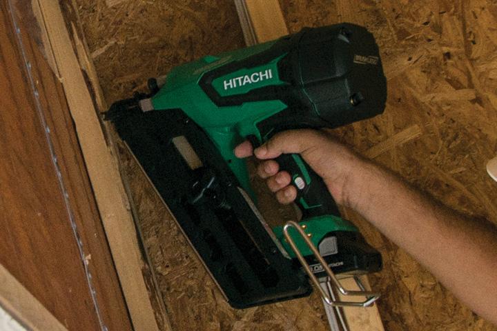 GIVEAWAY: Hitachi 18V Cordless Framing Nailer-nr1890dr_action_3.jpg
