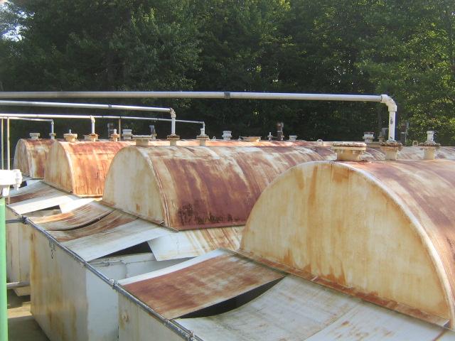 Work on Tanks when full?-oil-tanks.jpg