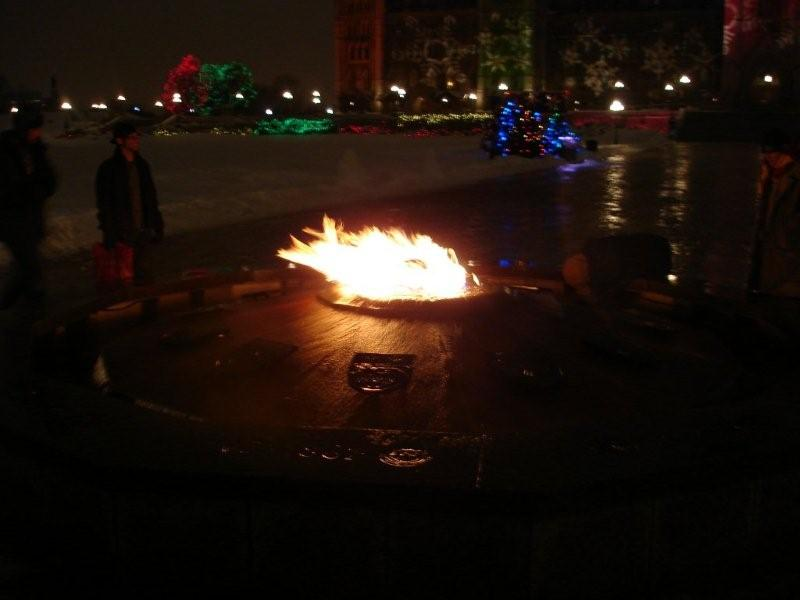 Christmas Eve Lights - Ottawa-parliament-hill-x-mas-eve-007.jpg