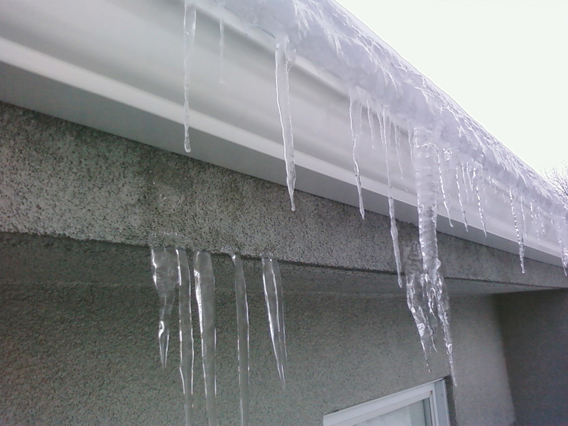 ice shield at gutter line?-pic-0035_small.jpg