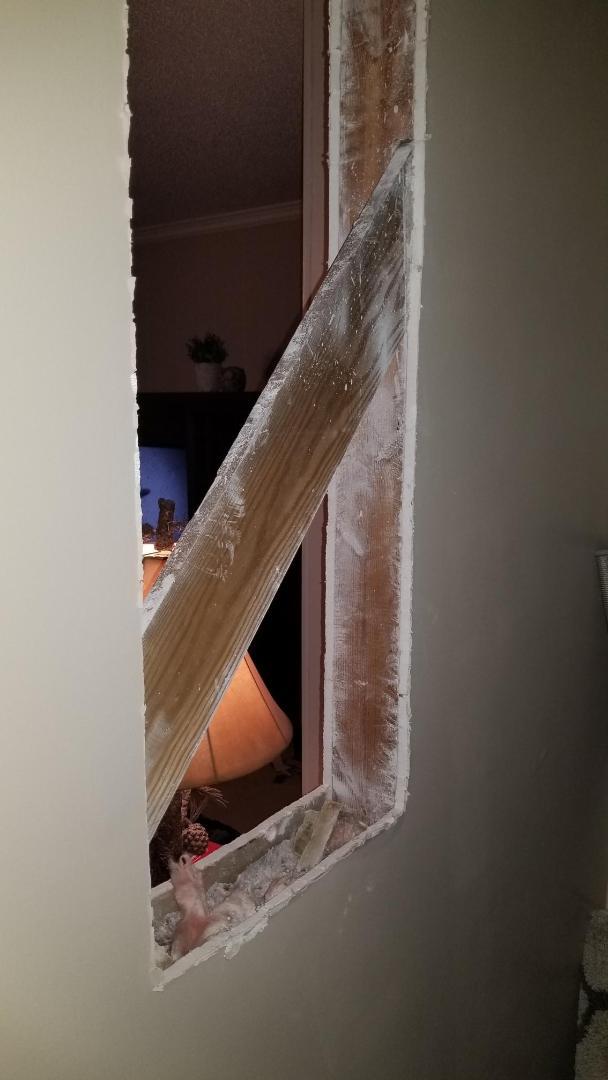Diagonal Brace Between Load Bearing Wall-pic-1.jpg