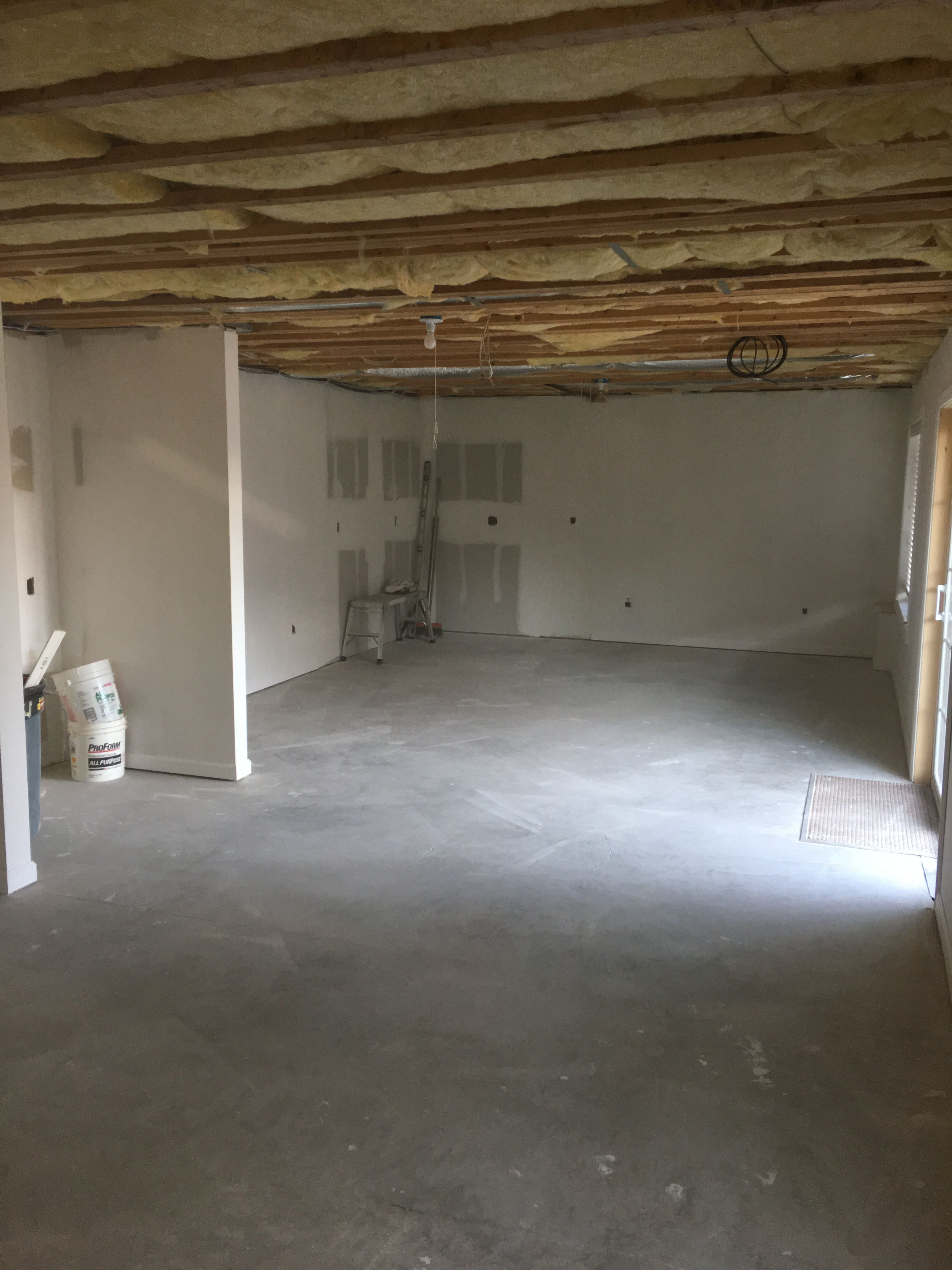 Finished basement-pic3.jpg