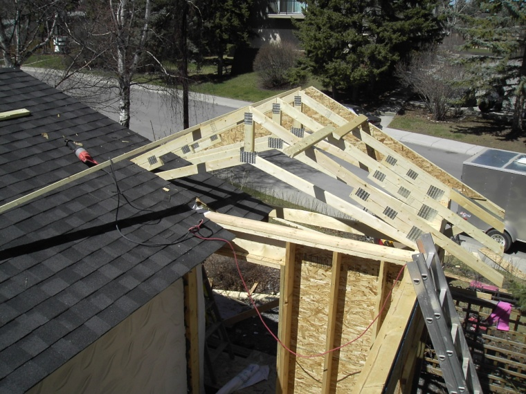 pict6260jpg tying a patio roof into existing house - How To Attach A Patio Roof To An Existing House