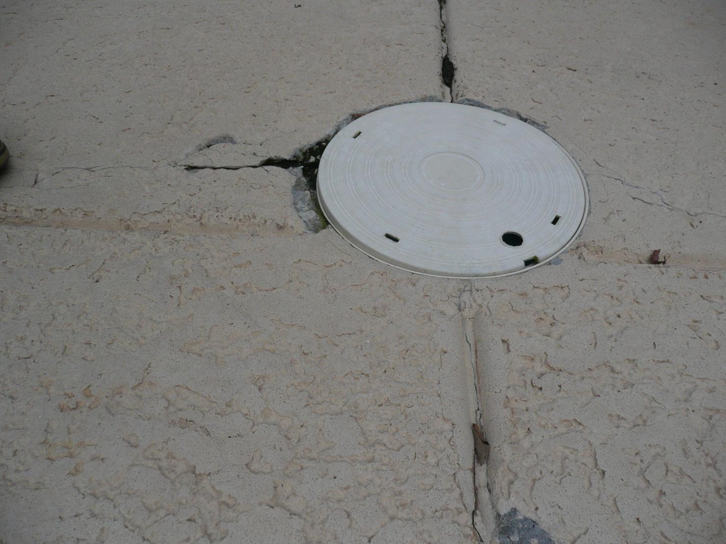 Kool-Deck Repair Help-pool-skimmer-lid.jpg
