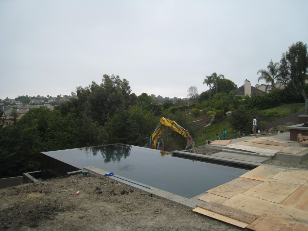 Grout Cracking At Infinity Edge Of Pool Pool Construction