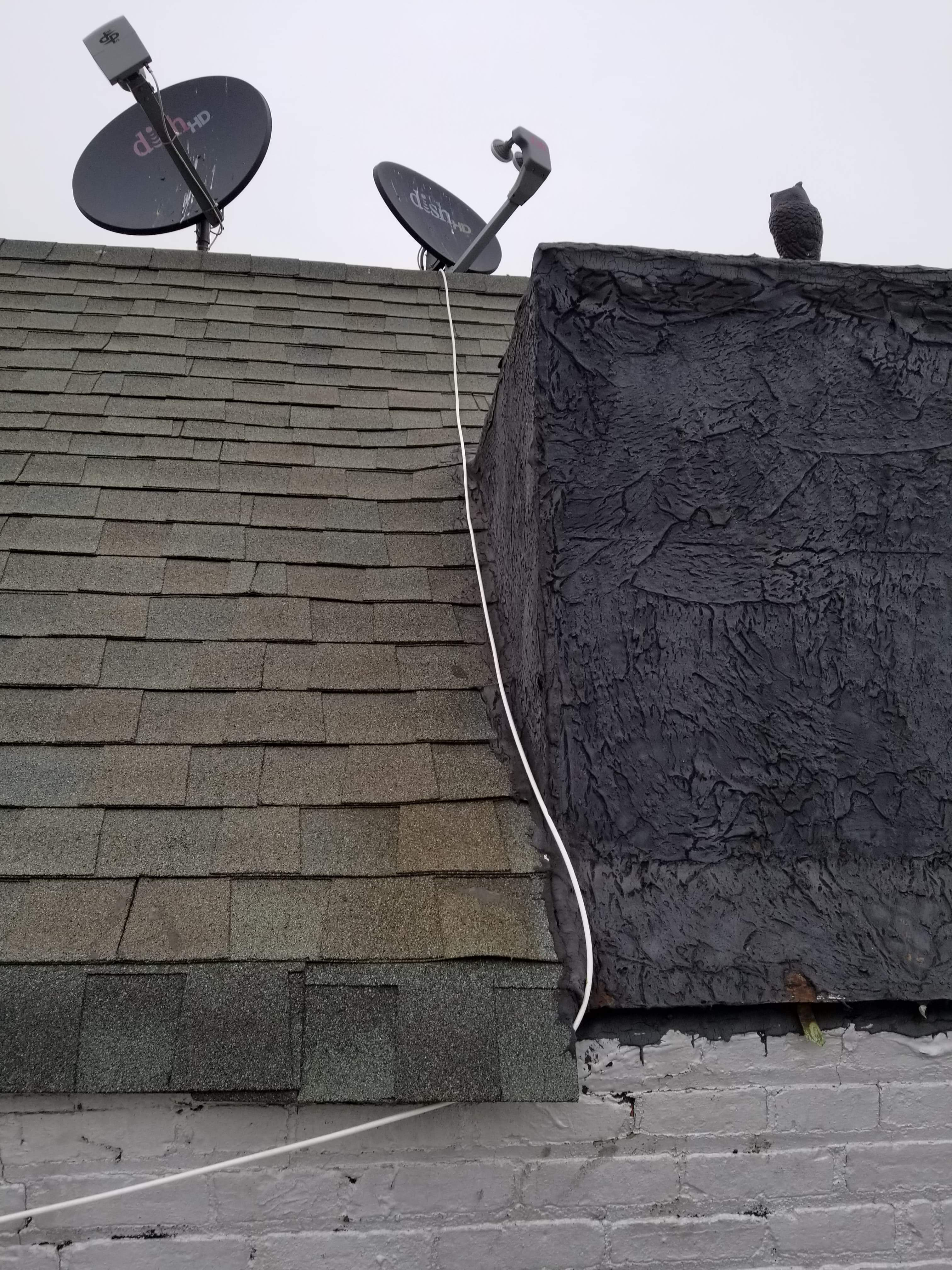What is the best way to repair this crack on this roof.-received_253705865326011_1567370997684.jpeg