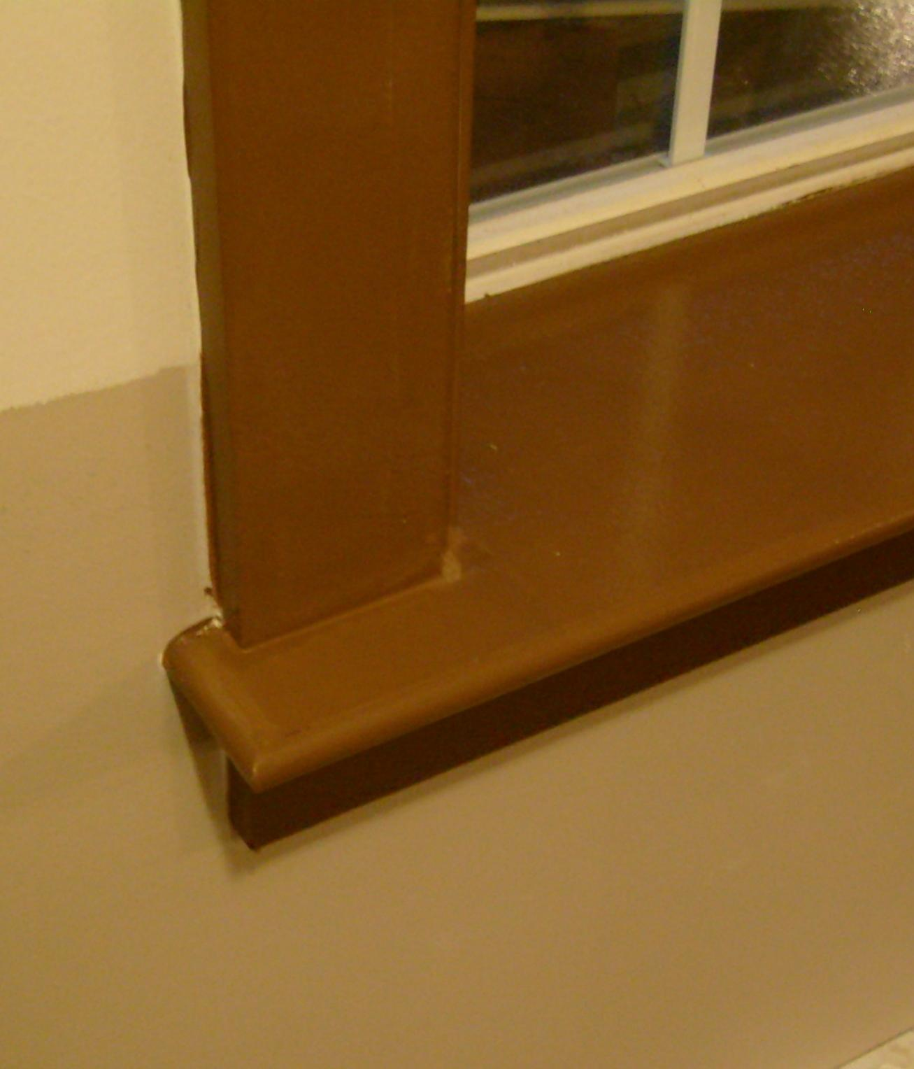 My custom window trim-s7301411.jpg