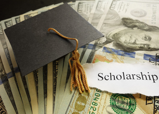 Scholarship Options for Aspiring Contractors