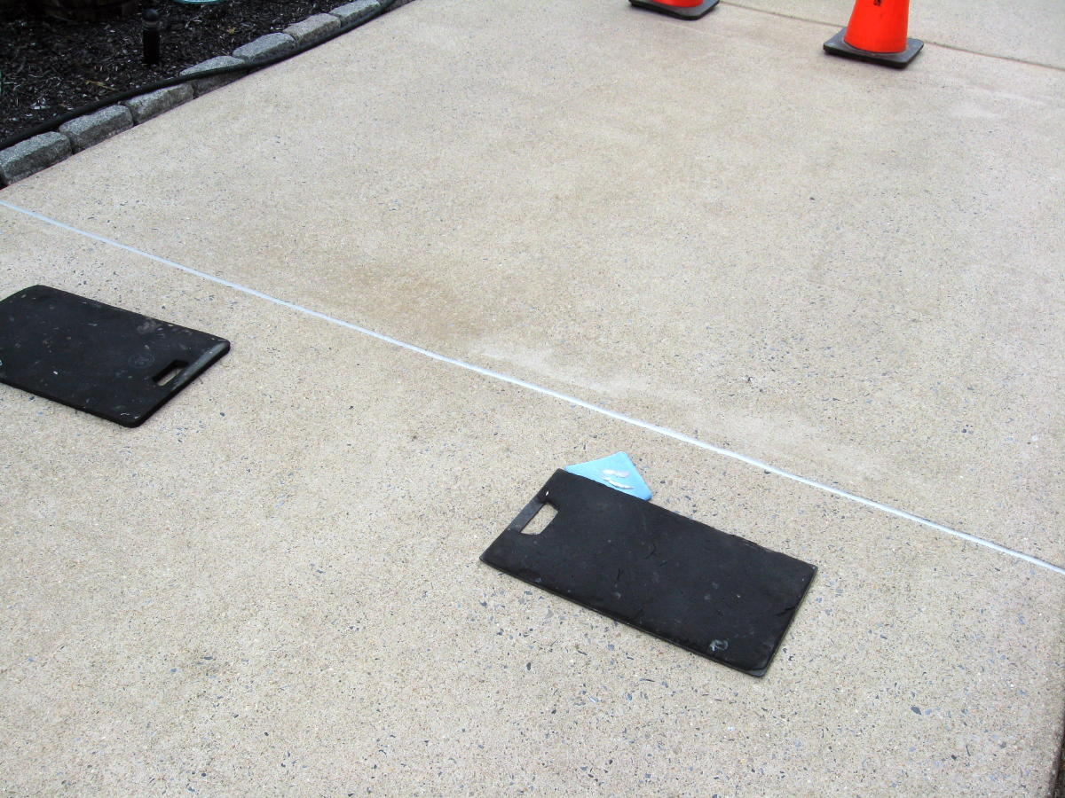 Expansion joint maintenance-sealant-work-002a.jpg