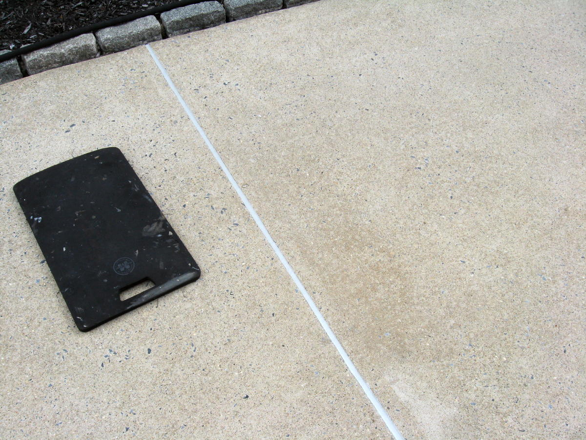 Expansion joint maintenance-sealant-work-004a.jpg