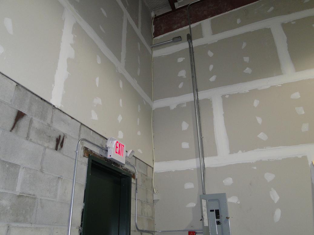 can any one id this wall sensor-sensor3.jpg
