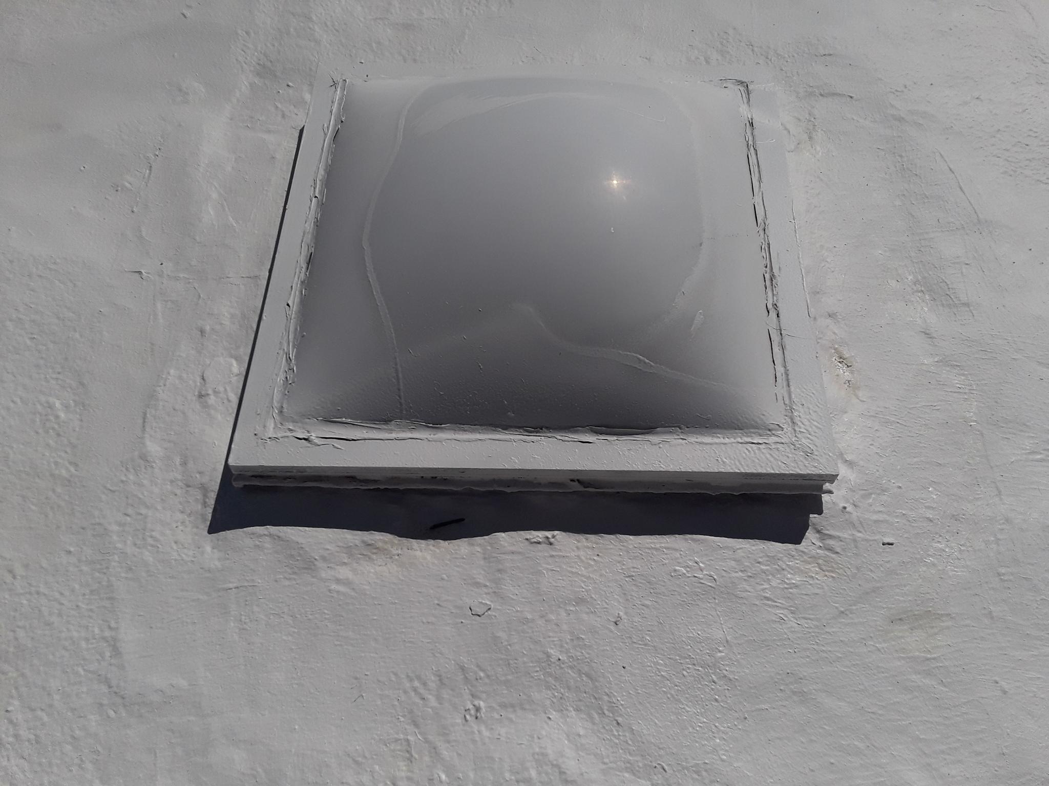 Old Skylight Dome Change, No Screws?-sky1.jpg