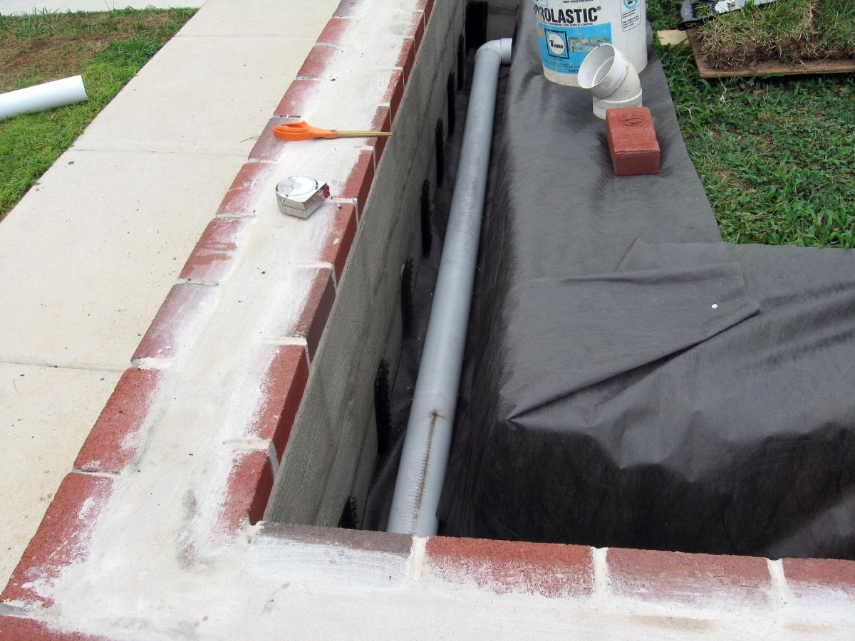 Waterproofing of garden retaining wall with stucco-sladek-wall-174a.jpg