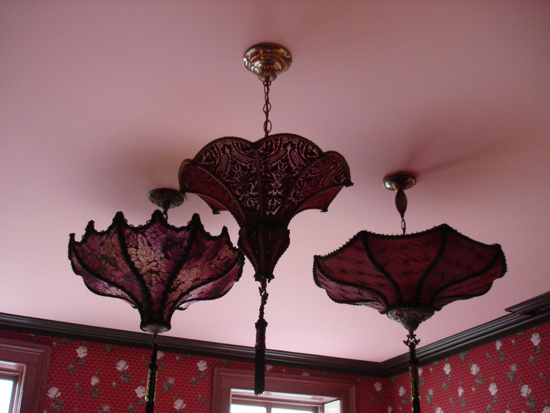 strange stuff in HO's homes-sviestuvai-041.jpg