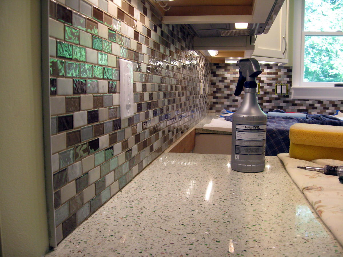 experience with Fusion Pro grout-tile-backsplash-030a.jpg