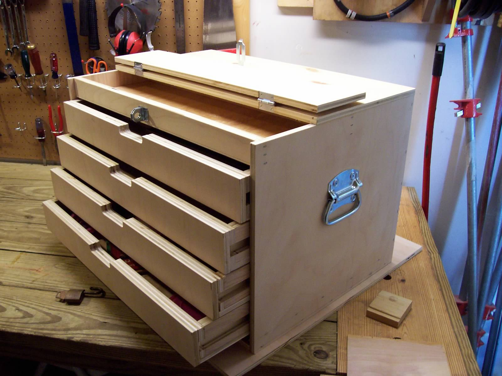Anyone Build A Wooden Tool Chest Box Jpg
