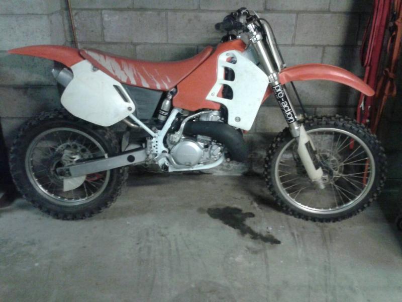 What Dirt Bikes You Ride?-uploadfromtaptalk1367377626646-1-.jpg