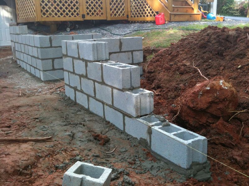 Block Wall Construction : Thoughts on construction of block wall look at pictures