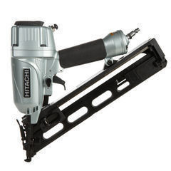 Hitachi  2-1/2inch 15-Gauge Angled Finish Nailer with Air Duster NT65MA4
